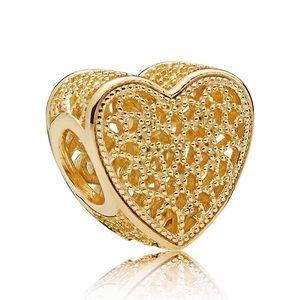 Pandora Filled With Romance Shine Carm